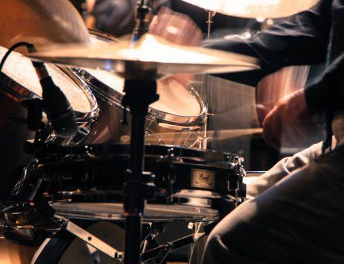 爵士鼓新手必練的招式